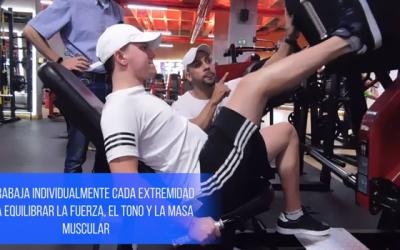 Rehabilitación de rodilla en gimnasio
